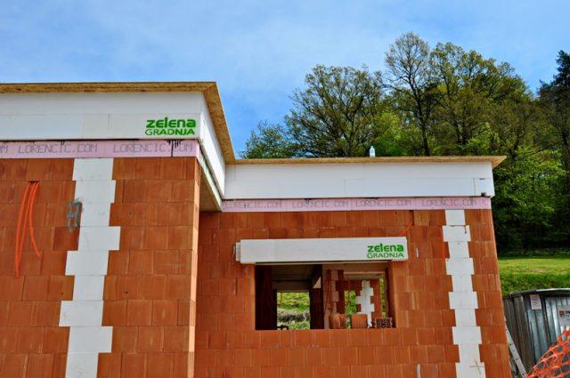 Graditi zidano ali montažno skoraj nič-energijsko hišo